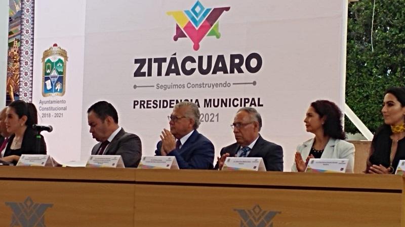 Ante la presencia de los 14 integrantes del cabildo 2018-2021,  Herrera Tello dijo que su administración apoyará la iniciativa de la redistribución equitativa y eficiente de los recursos a los municipios