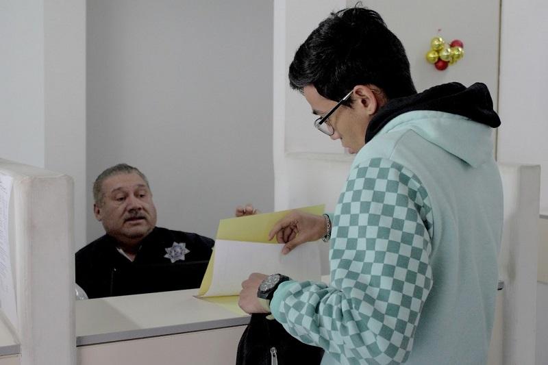 Los contribuyentes pueden informarse sobre la ubicación de las oficinas de rentas en el estado llamando al 070 opción 2 o a través de los comunicados publicados en la página oficial de la SFA www.secfinanzas.michoacan.gob.mx
