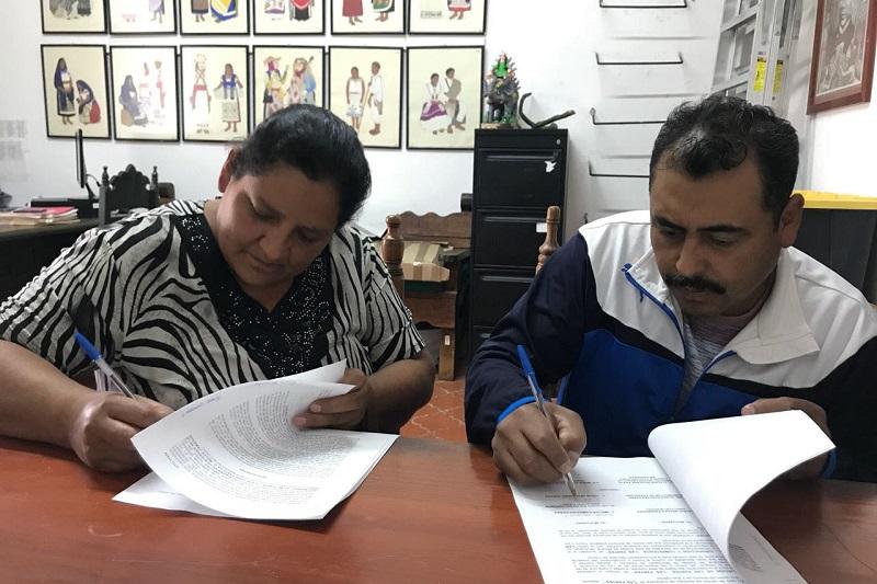 Las entregas de los diversos financiamientos tuvieron lugar en las instalaciones del Instituto del Artesano Michoacano