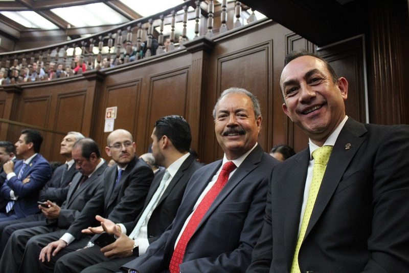 Soto Sánchez, por último, instó a que exista un verdadero equilibro de poderes, para garantizar la vida democrática que ha imperado en Michoacán