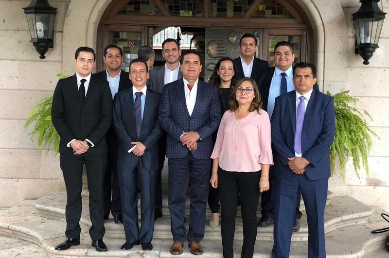 Aureoles Conejo reflexionó que, en su experiencia como legislador federal y ahora como Gobernador, la suma de esfuerzos entre todos los sectores y grupos, sin importar sus filiaciones partidistas, es el camino para hacer frente a los retos de Michoacán y de México