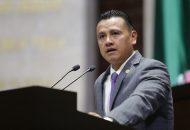 Carlos Torres Piña, diputado federal por Michoacán, advirtió que de no encontrar una solución a esta crisis, la Casa de Hidalgo no tendrá para pagar el salario de profesores y trabajadores a partir de la primera quincena mes de octubre