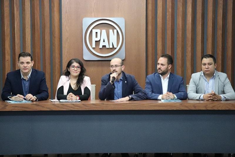 Ana Vanessa Caratachea, Héctor Gómez Trujillo y Marco Vinicio Ávila, son los tres integrantes de dicha comisión, y son ellos quienes tendrán en sus manos vigilar que el voto de la militancia panista se respete