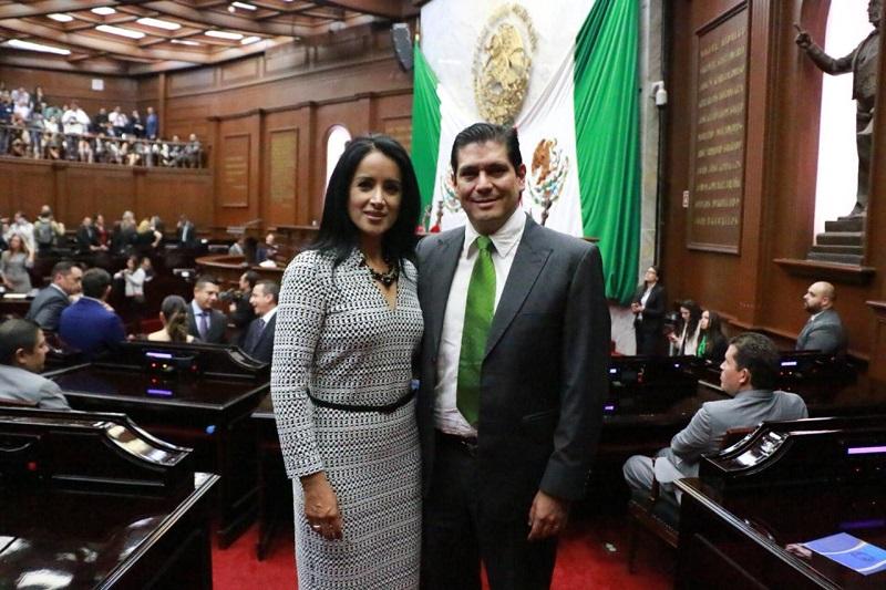 Los diputados, Ernesto Núñez y Lucila Manríquez definieron la agenda legislativa que abanderarán en la LXXIV Legislatura