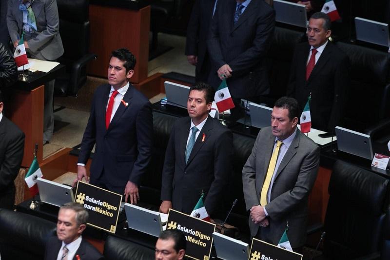 La fracción del PRD en el Senado de la República llamó al nuevo gobierno federal a plantear la forma de reaccionar y tener un seguro que realmente funcione