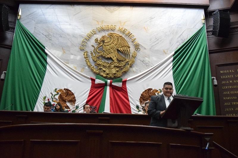 Urge la reflexión en lo que se avanzó y en lo que se retrocedió, para tomar las decisiones en las que se dé un nuevo rumbo a Michoacán: Hernández Vázquez