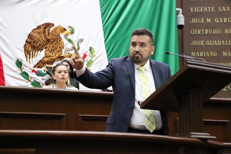 Erik Juárez resaltó que es necesario cerrar filas a fin de fortalecer y garantizar la seguridad y bienestar de los ciudadanos