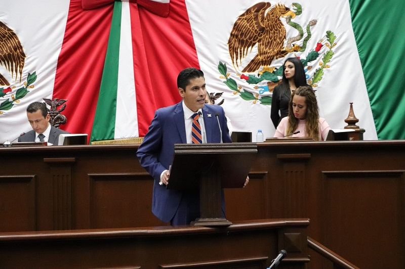 """""""Será una gran tarea identificar los rezagos y las áreas de oportunidad en las que el Congreso del Estado, como corresponsable asuma se responsabilidad como garante del bienestar de los michoacanos"""": Javier Paredes"""