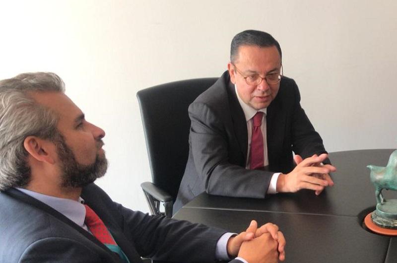 La descentralización del gobierno federal puede ser un punto de encuentro y entendimiento entre federación y estados, señala Germán Martínez