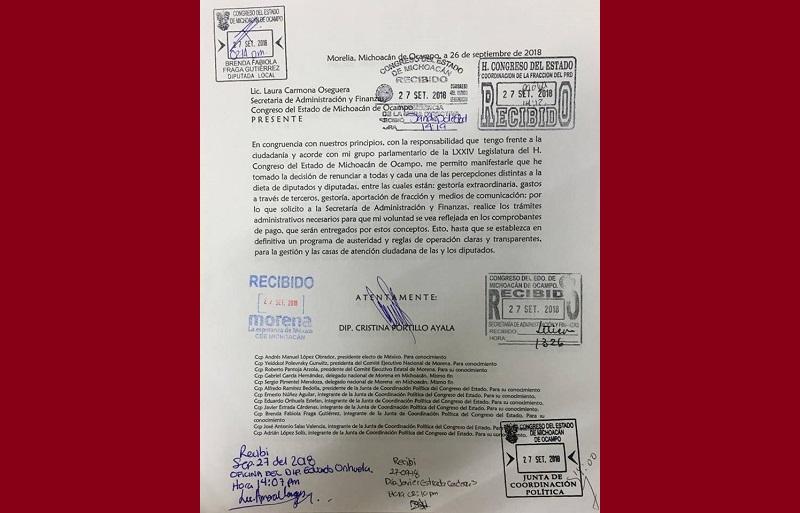 Según el documento, Cristina Portillo renunció a gestoría extraordinaria, gastos a través de terceros, gestoría, aportación de fracción y medios de comunicación