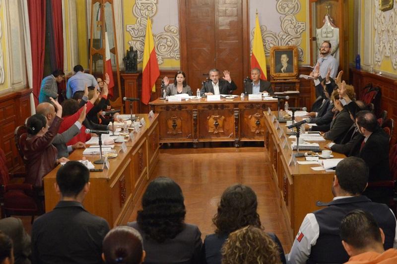 También se pidió a la Coordinación de Protección Civil y Bomberos de Morelia, que emita un informe por escrito y detallado de la situación que guardan actualmente los vehículos, los equipos autónomos y los demás equipos que requieran mantenimiento