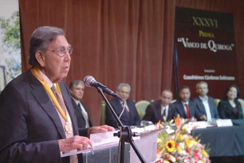Cárdenas Solórzano refirió que Vasco de Quiroga dejó a su paso valioso legado: el Colegio de San Nicolás Obispo, cuna de la Universidad Michoacana y de la Independencia de México