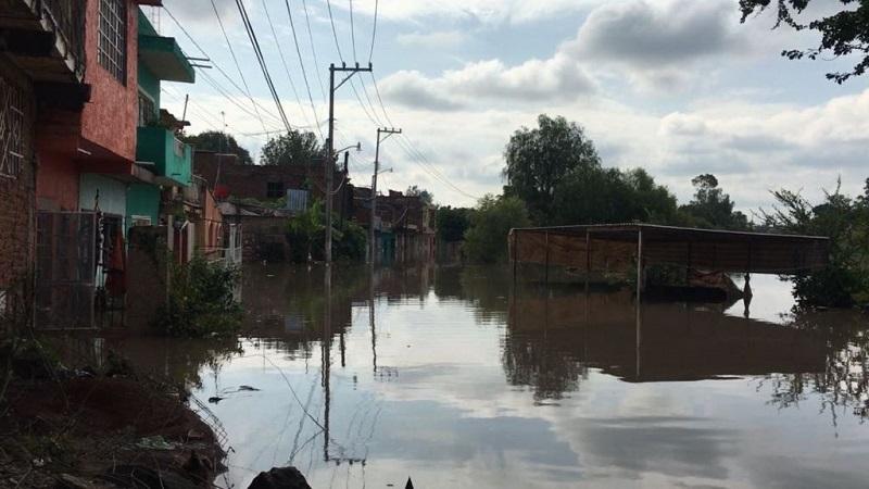 En lo que va de la temporada de lluvias en Michoacán han resultado afectadas familias de municipios como Morelia, Acuitzio, La Piedad, Los Reyes, Puruándiro, Uruapan, Coalcomán, Chilchota, Zamora y Peribán (FOTO: Twitter@M_Penjamo)