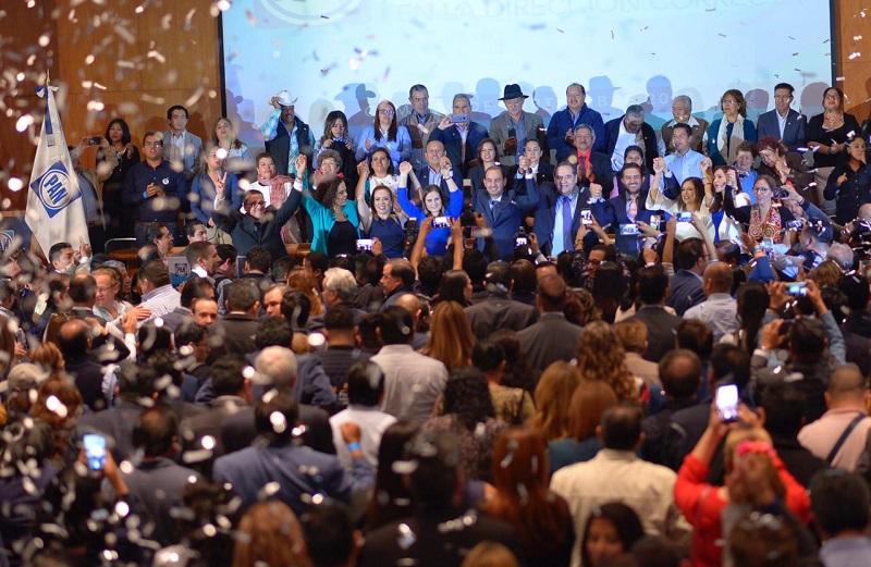 Marko Cortés reconoció los enormes retos que enfrenta el PAN; su compañero de fórmula, Héctor Larios, propone una reforma a los estatutos y descentralizar las decisiones del partido