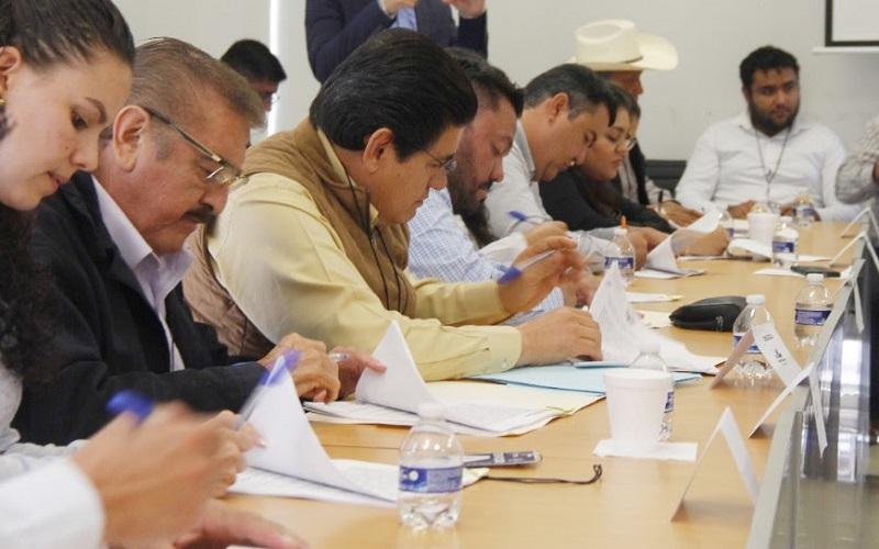 Este martes, ediles firmaron el acuerdo que permitirá una estrecha colaboración a través de la Policía Michoacán, con pleno respeto a la autonomía de los ayuntamientos