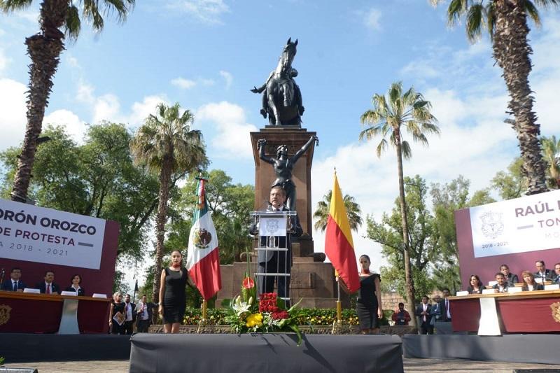 """Morón Orozco anticipó que se configurará un nuevo """"Plan de Desarrollo del Municipio de Morelia"""", el cual dijo se presentará en enero de 2019, a través de una consulta ciudadana, donde participen todos los sectores representativos de la sociedad moreliana"""