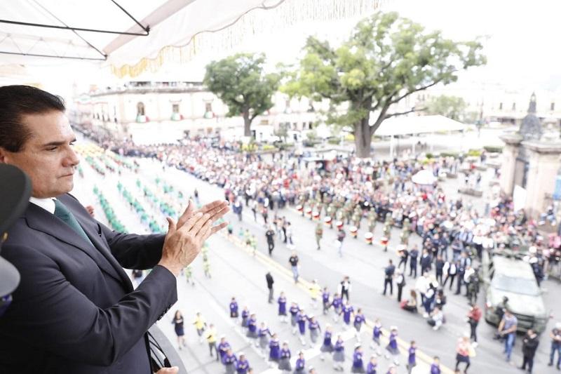 Miles de familias disfrutaron de las festividades en el marco del aniversario del natalicio del Siervo de la Nación, inundando de alegría cada rincón del Centro Histórico