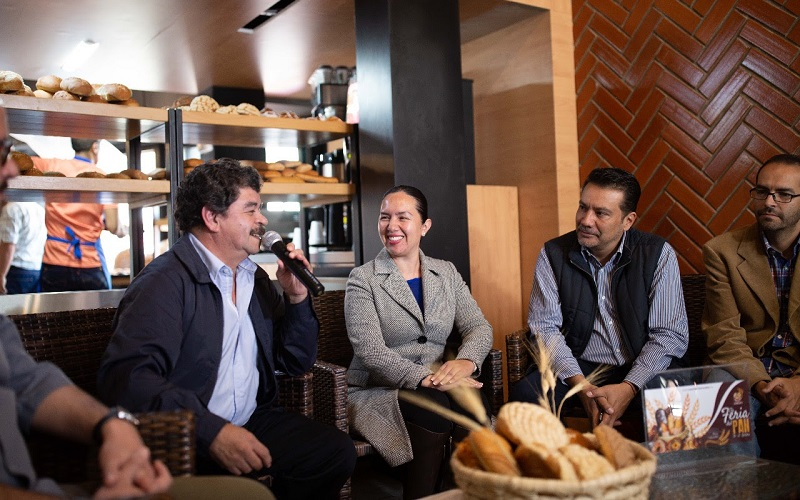 Por su parte, Oliverio Cruz Gutiérrez, delegado de la CANAINPA en Michoacán, destacó la participación de más de 9 municipios del interior del estado y la presencia especial de Guanajuato como estado invitado para esta edición