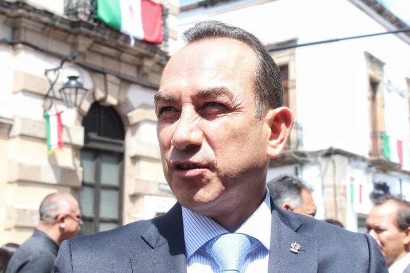 Soto Sánchez hizo el llamado para que las autoridades municipales cierren filas, en materia de seguridad, con el gobierno del estado para evitar que el crimen organizado se infiltre a las corporaciones de seguridad de los municipios