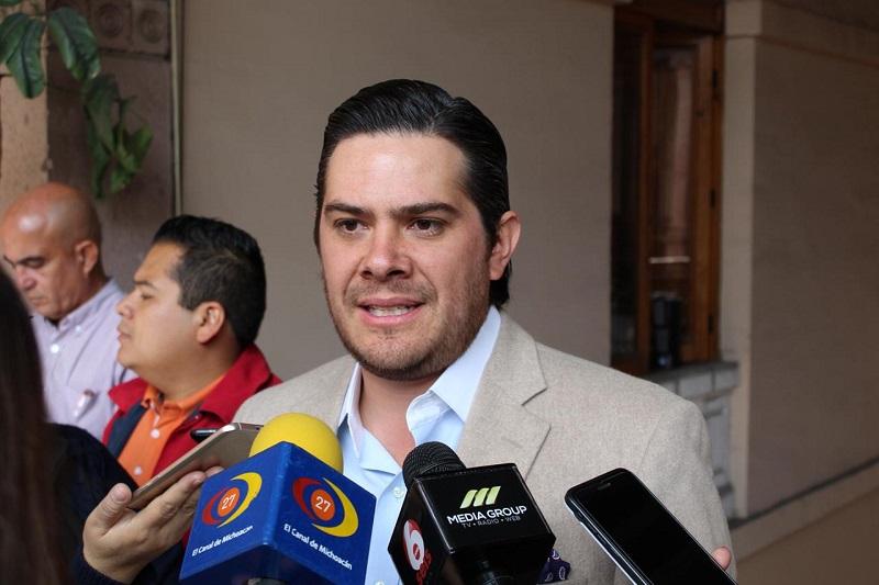 Orihuela Estefan agregó que hay algunos casos particulares en los que los coordinadores de las bancadas del PAN, PRD, PRI y Partido Verde, han votado diferente a Morena y PT, pero eso constituye la verdadera democracia