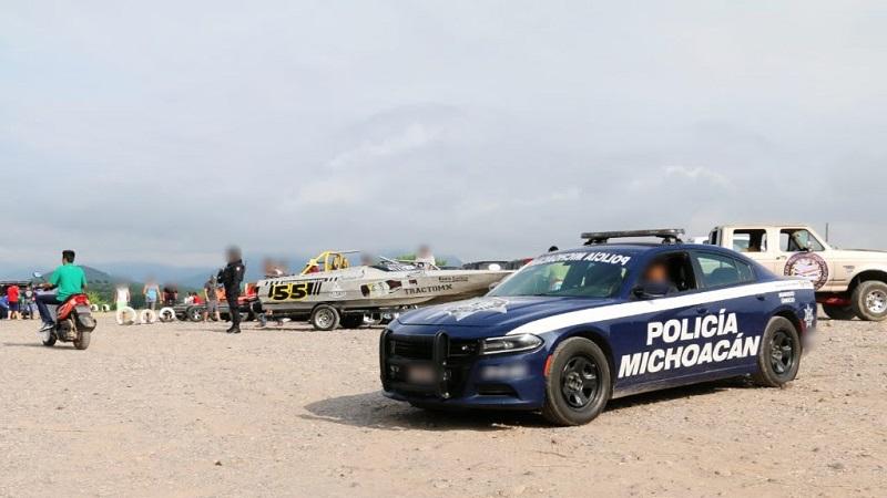 La presencia de la Policía Michoacán será permanente por aire, tierra y a través del río, garantizando la tranquilidad antes, durante y después de las competencias, dónde participan 30 embarcaciones de Estados Unidos, Canadá, Puerto Rico, Uruguay y México