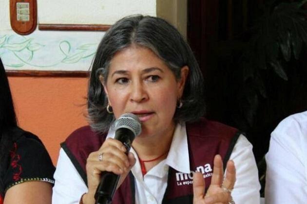 """""""Las niñas y niños tienen derechos y el principal problema que encontramos es la dificultad económica, para estudiar"""", añadió Mayela Salas"""
