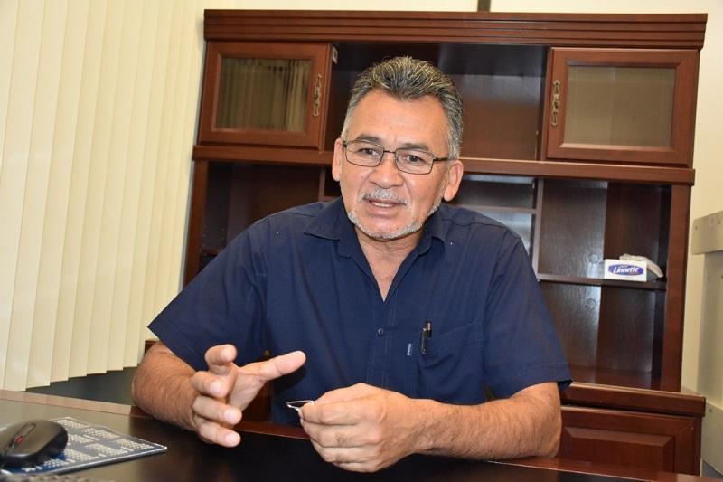Michoacán atraviesa por una seria crisis financiera, por lo que continuar cargando gastos excesivos al erario: Sergio Báez