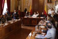 Ahora el secretario del Ayuntamiento, Humberto Arroniz, entregará una copia certificada del acuerdo, el dictamen y anexos, al Honorable Congreso del Estado, en particular, a la ASM, para la revisión de las cuentas públicas municipales