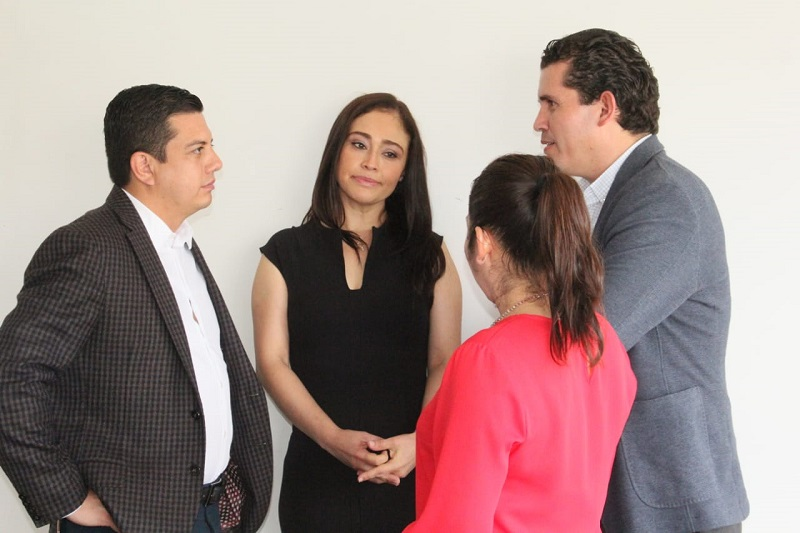 Miriam Tinoco mencionó que existen diversas disposiciones legales que obligan a que se transparente el ejercicio de la función pública a través del principio de máxima publicidad de la información gubernamental, como un elemento esencial de la democracia