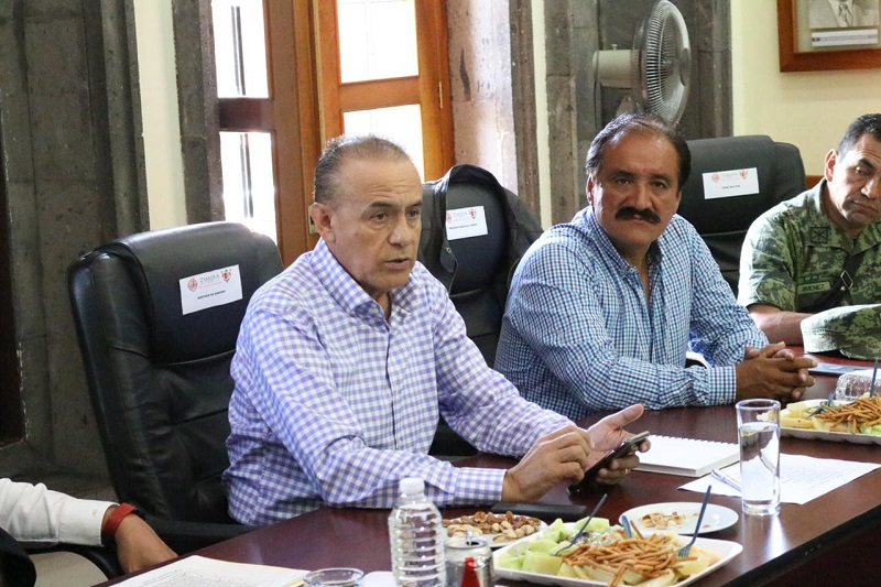 En reuniones en Uruapan y Zamora, los integrantes del Grupo, encabezados por el secretario de Gobierno, Pascual Sigala, realizaron las evaluaciones correspondientes sobre los avances alcanzados en dichas regiones