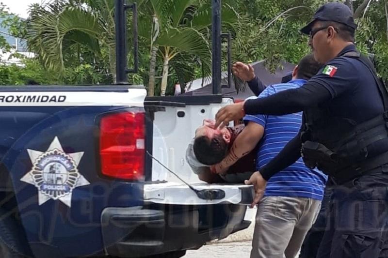 El Presidente Municipal de este municipio Gordiano Zepeda Chávez mencionó que tiene temor por su persona, así como de sus funcionarios por los grupos del crimen organizado que rondan en el municipio