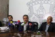 El secretario general del STAOOAPAS, Alejandro Saldaña, aseguró que esto marca una nueva etapa entre la administración municipal y el gremio sindical en el marco de la negociación que estará llena de propuestas y transparencia