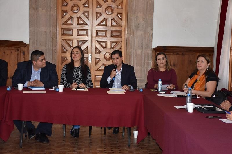 En este sentido, el diputado Ernesto Núñez destacó en la importancia de este tipo de trabajos de coordinación en donde se les dé voz a los sectores involucrados en la implementación y aplicación del SEA
