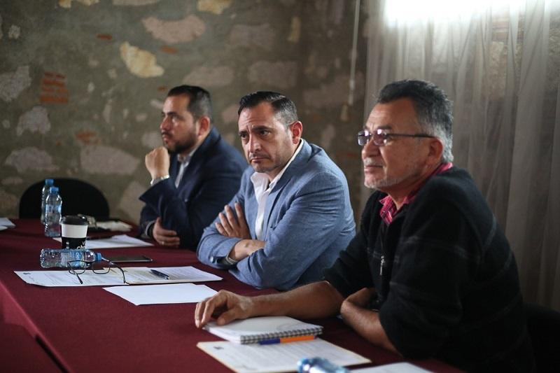 Hugo Anaya apuntó que los integrantes de esta Comisión tienen plena disposición para lograr el fortalecimiento de los 113 municipios michoacanos