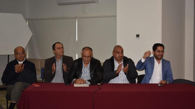 El evento, se desarrolló en un salón del Colegio de Morelia, donde participaron; Mario Manuel Romero Tinoco; Elizabeth Santos Baca y Marc Georges Klein, además, integrantes de organizaciones sociales, académicas y de investigación