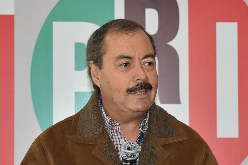 El líder del tricolor le deseo una pronta recuperación a Silvano Aureoles Conejo, para que siga atendiendo de manera puntual los requerimientos de Michoacán