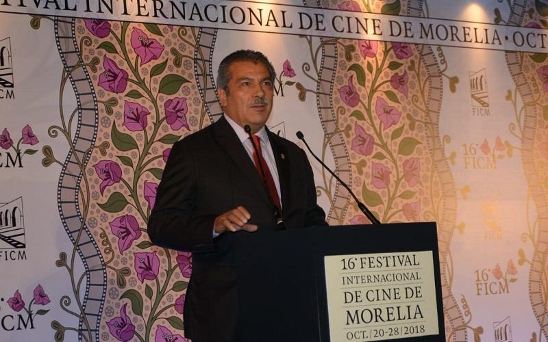 Morón Orozco recalcó que el hecho de que la urbe sea la anfitriona de festivales internacionales la proyecta de manera descomunal