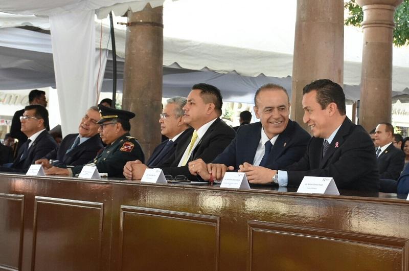 Salas Valencia conmemoró a los cinco mexicanos que en 1865 entregaron sus vidas por un México libre, con ansias de alcanzar la democracia y reconoció la coherencia de sus actos