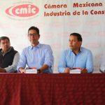 El Presidente de la CMIC, Jesús Antonio Mazier Contreras, refirió que la intención de este encuentro es exponer los avances del Programa de Rescate Carretero realizado en coordinación con la SCT, la SCOP y la Junta de Caminos