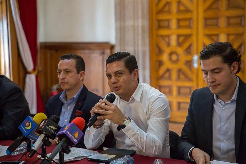 Escobar Ledesma refrendó su compromiso por transparentar las actividades que se realizan desde el Legislativo para que estén al alcance de todos los ciudadanos interesados en conocer lo que realizan los diputados