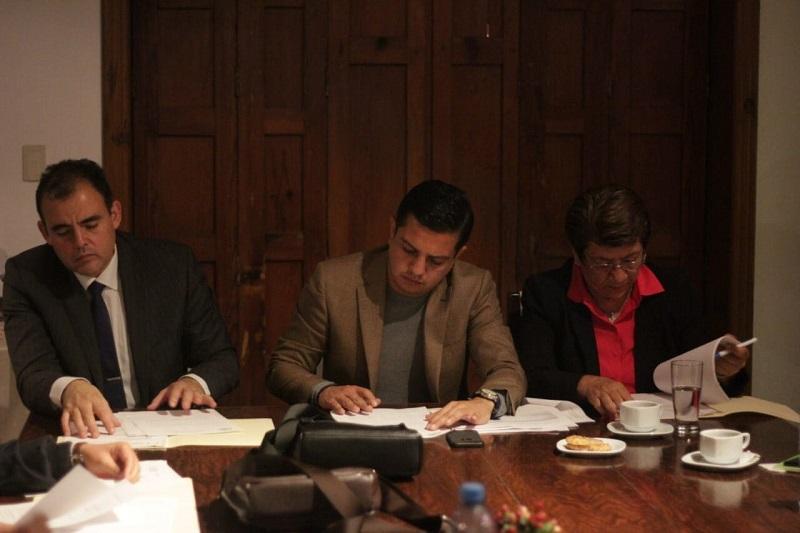 Se enviará un oficio para solicitar a las diferentes áreas del Congreso a cumplir con la transparencia de sus datos: Óscar Escobar