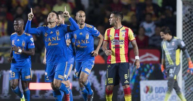 Tigres alcanzó las 23 unidades, ubicándose temporalmente en la sexta posición de la tabla y dejando a Monarcas en octavo, con 22 puntos y a espera de lo que ocurra en el resto de la jornada