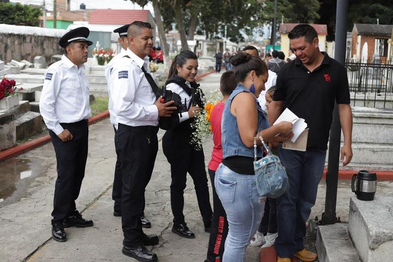 Durante el operativo en las 14 tenencias de Morelia, la Policía Morelia logró localizar dos vehículos con reporte de robo, mismo que fueron puestos a disposición del Ministerio Público para que continúe las investigaciones correspondientes