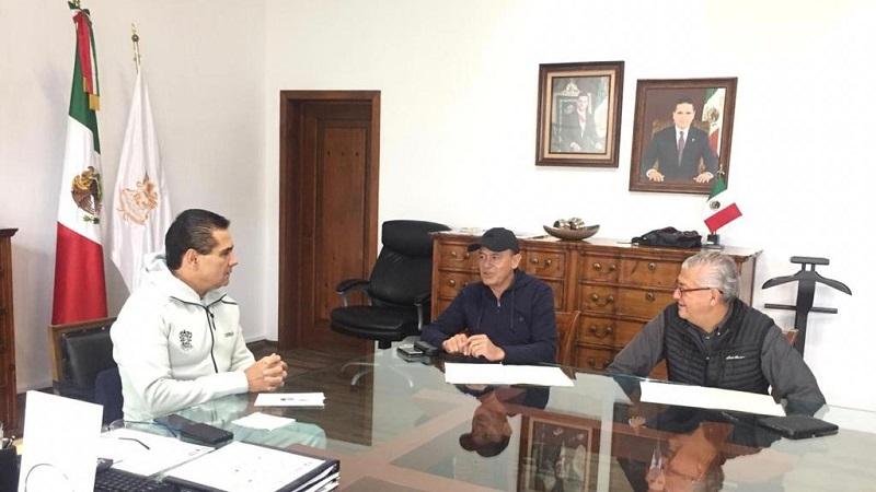 En el encuentro, se instruyó a los titulares de ambas dependencias, Pascual Sigala Páez y Carlos Maldonado Mendoza, respectivamente, para seguir redoblando esfuerzos y hacer frente a los temas financieros y de política interna con responsabilidad, estrategia y trabajo conjunto