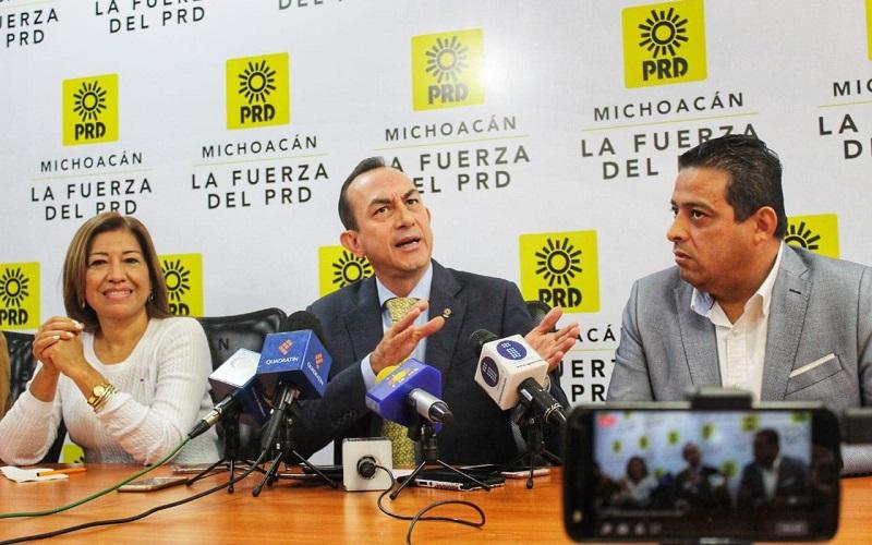 Soto Sánchez puntualizó que con este tipo de decisiones, estaremos ante una regresión en materia presupuestal, porque de esta manera se vuelve a las viejas prácticas, de centralizar en el ejecutivo federal prácticamente el ejercicio de todo el gasto público