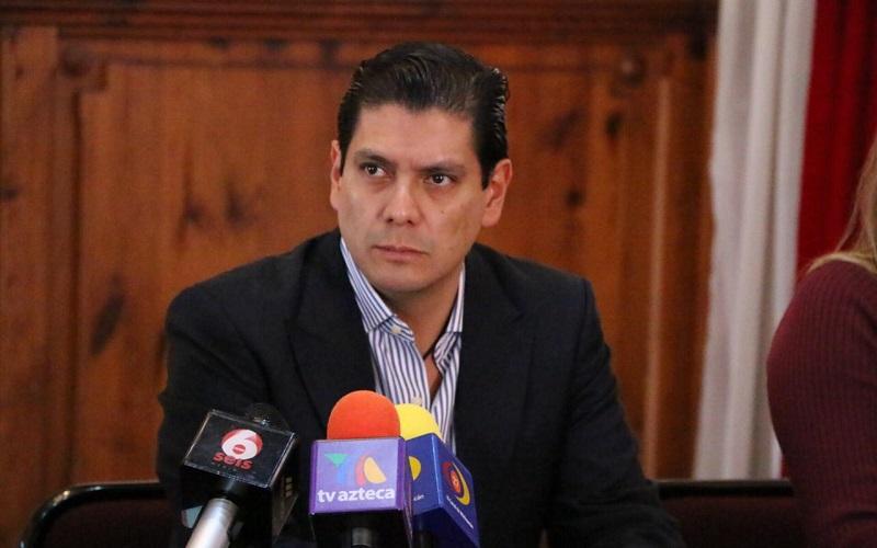 El dirigente estatal, Ernesto Núñez Aguilar, se manifestó por utilizar la vía pacífica para solucionar el conflicto