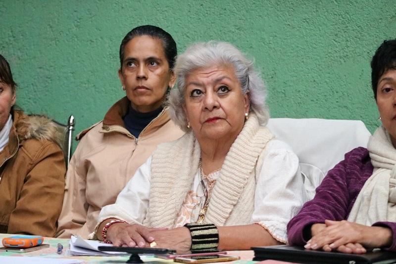 Próspero Maldonado, maestra jubilada de la Escuela Popular de Bellas Artes, señaló que la responsabilidad de los docentes de las UM en estos momentos es fundamental para cambiar el rumbo, por lo que pidió el apoyo en una contienda que sabemos no es fácil