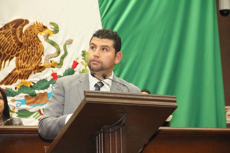 Michoacán entre los seis estados con menos funcionarios públicos en el país: Octavio Ocampo
