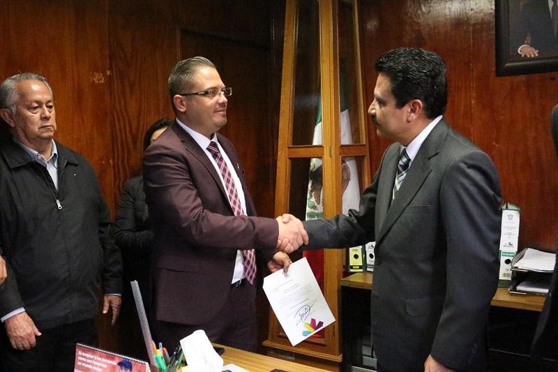 El subsecretario Armando Hurtado, agradeció la labor desempañada por Víctor Lara Vidales en la encomienda, así como su trabajo por la gobernabilidad en la entidad