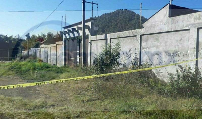 """Al sitio arribaron los elementos de la Policía Michoacán y Policía Federal, quienes revisaron a los jóvenes """"galleros"""", sin embargo, ya habían dejado de existir"""